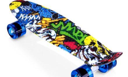 Beendet – 9,99€ Enkeeo 57cm Mini Cruiser board Skateboard mit stabilen Deck 4 PU-Rollen für Kinder, Jugendliche und Erwachsene
